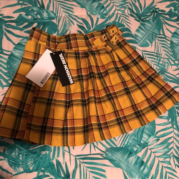 9007473d5 Missguided Skirts   Nwt Plaid Skirt Exclusive Madison Beer   Poshmark
